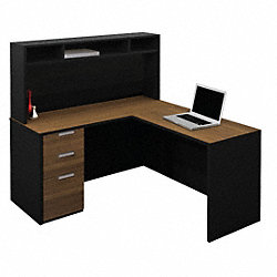 L-Shaped Workstation w/Small Hutch